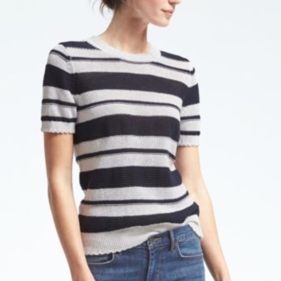 Banana Republic Tops - NWT NWT Banana Republic Italian Linen Pullover Top